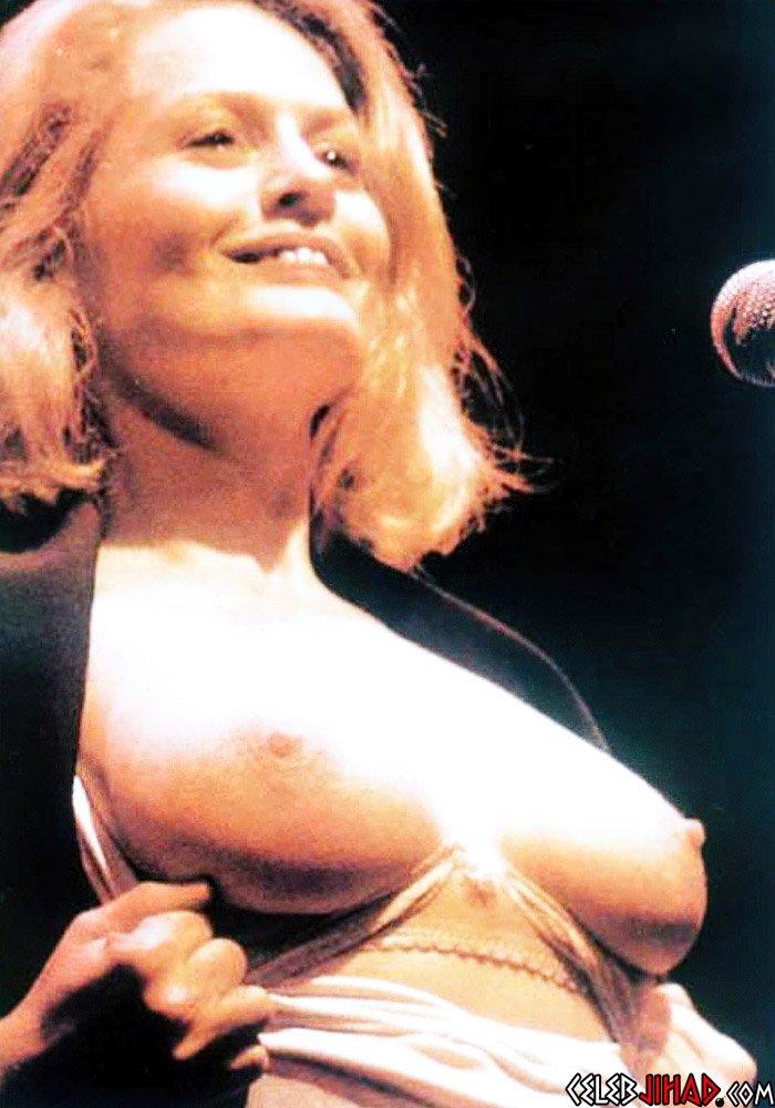 Beverly de angelo nude