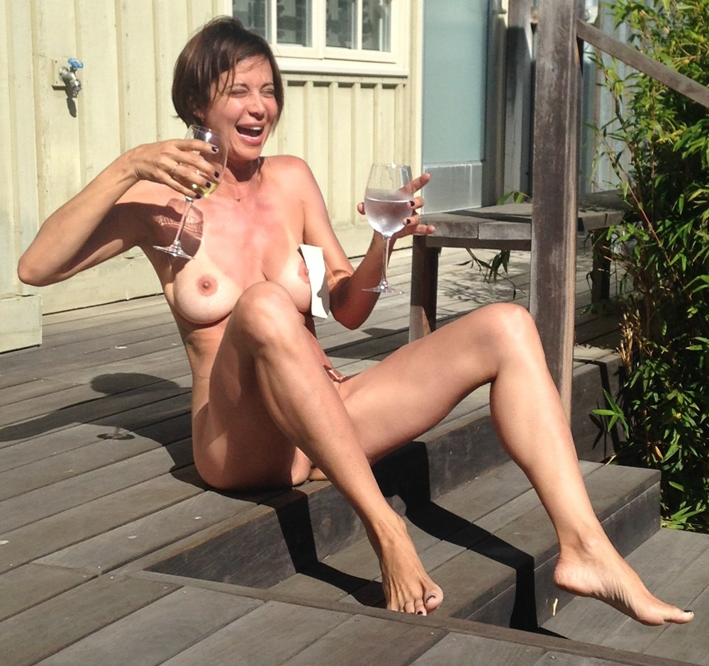 Nude catherine Catherine Paiz